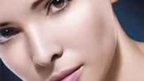 Cirugía de implantes faciales en silicona, poliuretano, osteointegrados