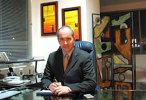 Ricardo Bonilla - Cirujano plástico